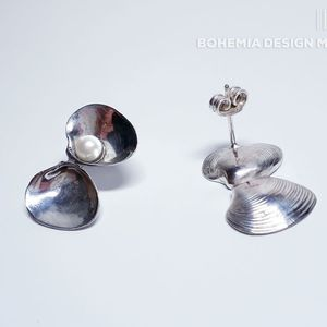 earrings double shell with pearl