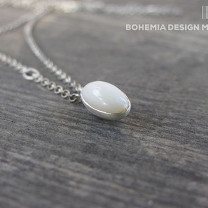 Necklace YOGA chalcedon